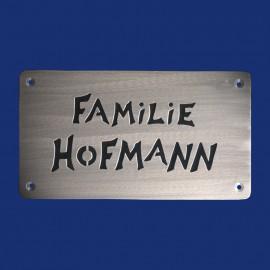 Familien-Türschild mit schwarzem Hintergrund, zum Anschrauben