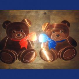 großes Kupferschild mit Teddybären