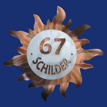 Sonne-Türschild mit Hausnummer und Name aus Kupfer und Aluminium