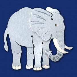 Elefant als Brosche