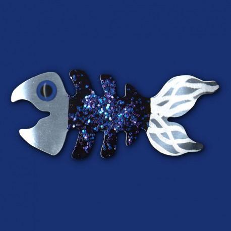 blaue Fischgräte als Brosche