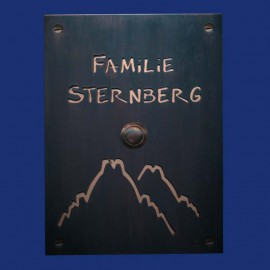 großes Kupfer-Klingelschild mit Bergmotiv