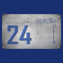 Laden-Schild mit Hausnummer